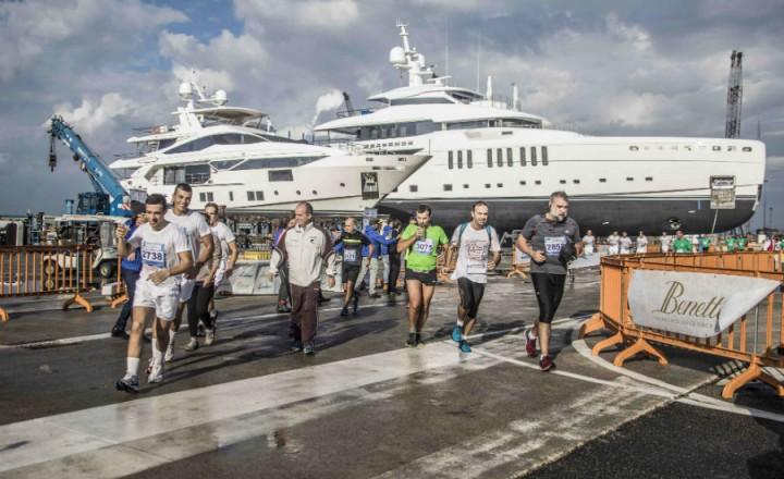 Livorno Half Marathon inside Benetti 4