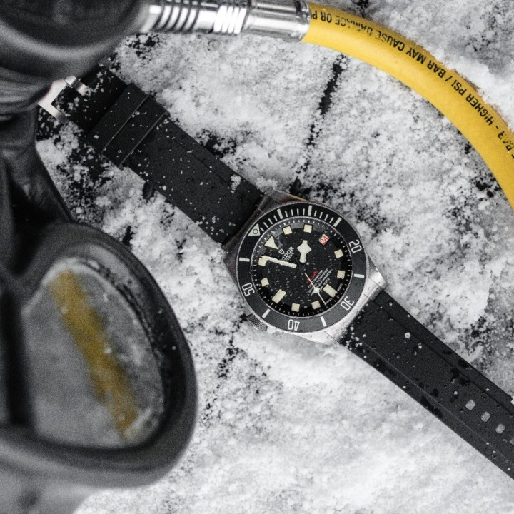 Ice Diving with Pelagos 10