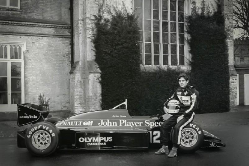 Ayrton Senna Lotus 97T Credit Classic Team Lotus1000x667