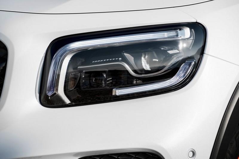 Mercedes Benz GLB 2020 j1000x667
