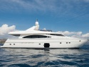 Fairline celebrates its 50th anniversary in style  | Skipper ONDECK - Chartering.juliem-1nsp-864_links