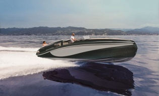 Claydon Reeves launches Aeroboat powered by Rolls-Royce | Skipper ONDECK - Latest_News_3.wider321nsp-887