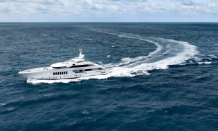 Baglietto launches ANDIAMO, 48m motor yacht for a Mexican Owner   Skipper ONDECK - NewLaunches.FDHF-1nsp-887