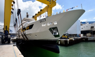 Sunreef Yachts Launches Blue Belly | Skipper ONDECK - NewLaunches.SimSim-1nsp-887