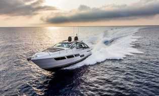 Fairline Yachts unveils its first Mancini design | Skipper ONDECK - NewLaunches.buPershingnsp-887
